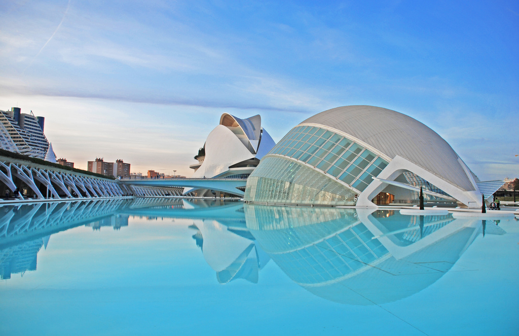 Study spanish in Valencia: Activities and Pricing
